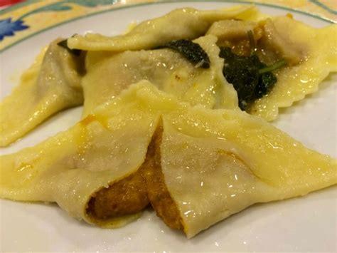 tortelli di zucca e amaretti alla mantovana agriturismo antica vigna alla scoperta della cucina