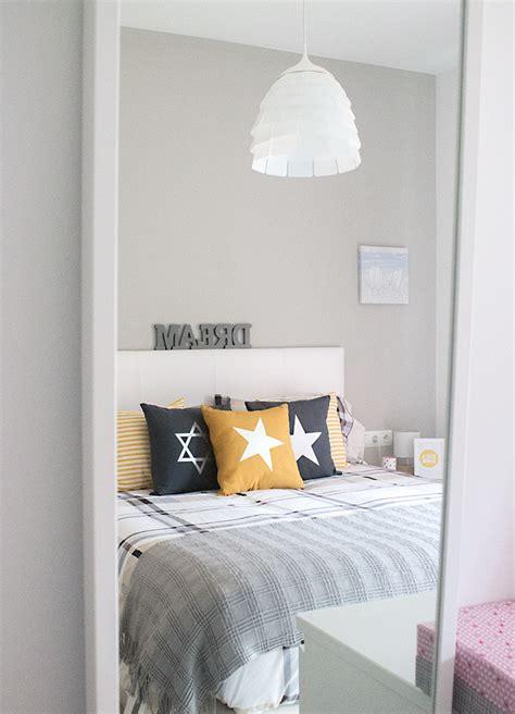 sweet harmonie yellow bedroom