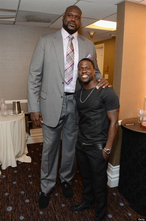 shaquille o neal and kevin hart pose for the best photo