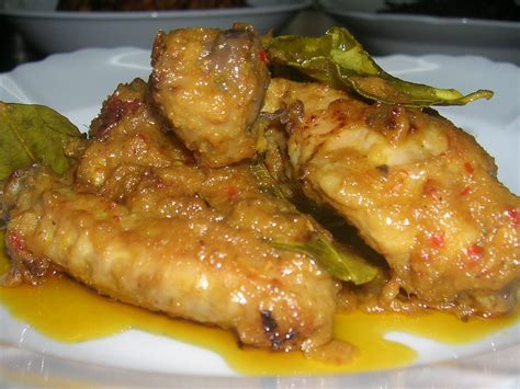 anis diary ayam masak rendang pindang  tempe goreng