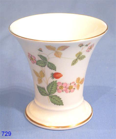wedgwood strawberry bone china vase collectable china
