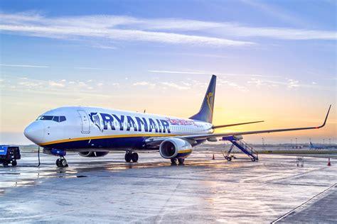 voli bergamo porto ryanair nuovi voli dall italia per il portogallo