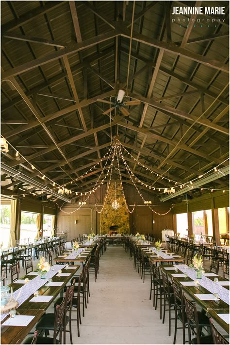 wedding venues minnesota budget glen farm wedding in cottage grove mn photographed