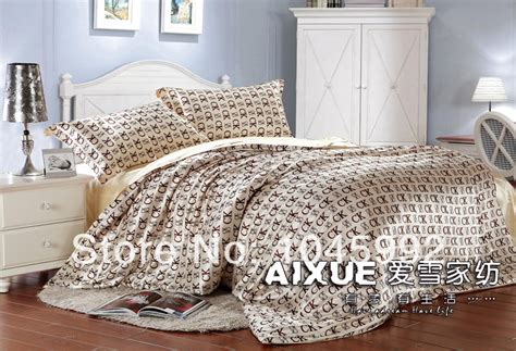 Free Shipping High Quality Wholesale Brand Name 4pcs Name Brand Bed Sets
