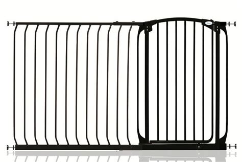 dreambaby extra tall swing close gate dreambaby extra tall swing closed baby pet stair gate