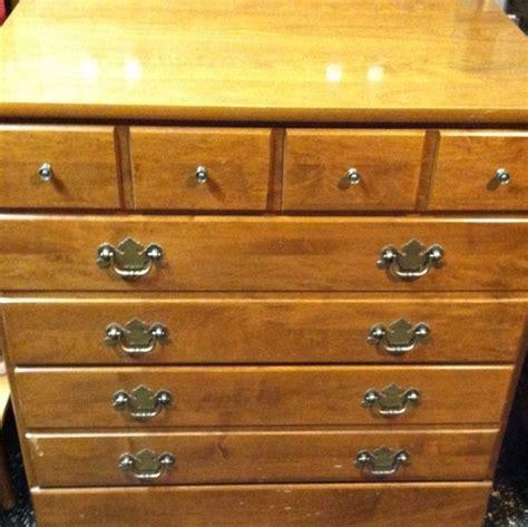 ethan allen dresser handles ethan allen heirloom nutmeg crp 30 quot 3 drawer chest