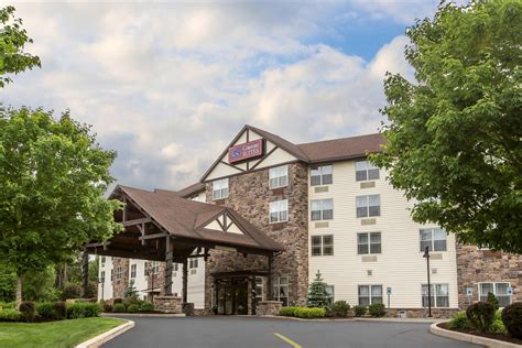 comfort inn lake george ny comfort suites 1533 state route 9 lake george ny n49 com