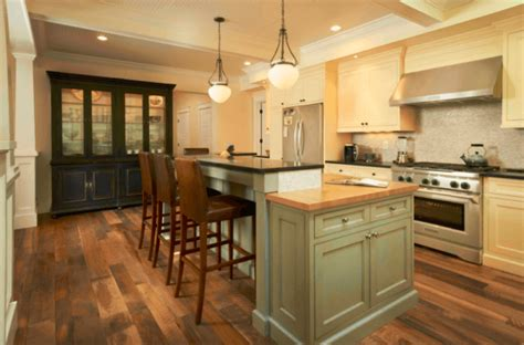 Wood Flooring In Kitchen by 7 Beautiful Kitchens With Antique Wood Flooring Pictures