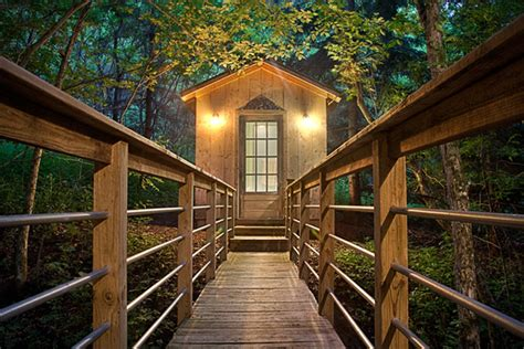 Candlewood Cabins Wisconsin by Candlewood Cabins In Wisconsin Hiconsumption
