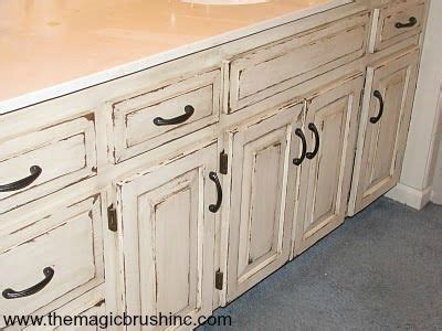 how to distress white kitchen cabinets 25 best ideas about distressed cabinets on distressed kitchen cabinets glazing