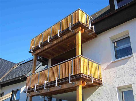 kosten glasgeländer treppe balkon mit treppe in den garten kosten terrasse mit