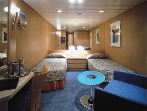 aidaprima chagner bar buenos aires stay antarctica voyage 18 nt
