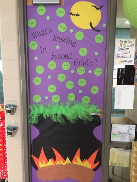 fall door decorations for the classroom best 25 fall classroom door ideas on fall
