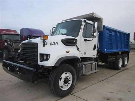 freightliner dump truck 2016 freightliner 114sd dump trucks for sale 26 used