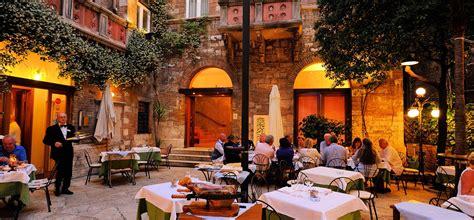 9 X 11 Rug Outdoor Restaurant La Rosetta Hotel Amp Restaurant Perugia