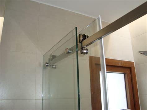 cortina de vidrio cortinas de ba 241 o vidrio templado dikidu