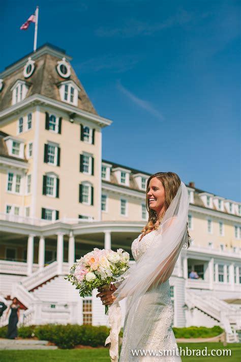 ocean house westerly ri amanda steven married ocean house watch hill ri artistic new england wedding