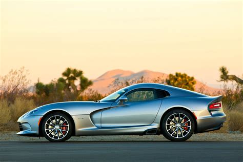 American Fastest Car by Top 10 Of The Fastest Cars Made In America Carrrs Auto