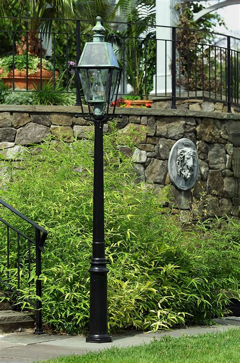cast aluminum light post cast aluminum outdoor post lights outdoor lighting ideas