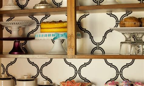 10 easy ways to give your rental kitchen a makeover 6sqft 10 easy and inexpensive ways to give your rental kitchen a