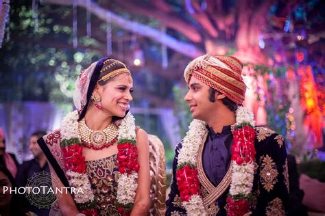 Best Marriage Photography by Best Indian Wedding Photographer Candid Wedding