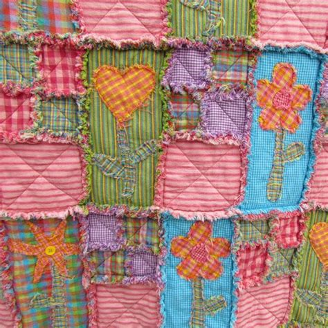 Rag Quilt Materials Needed by Best 25 Bed Size Charts Ideas On Bed Sizes