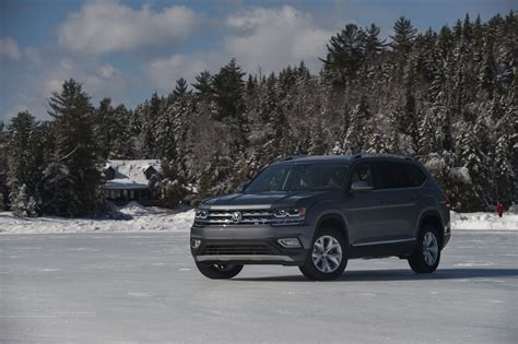 2018 volkswagen atlas 2018 volkswagen atlas review autoguide com news