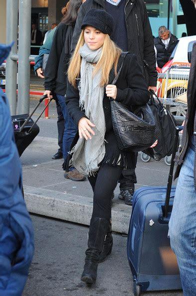 Pasmina Shakira Shakira Pashmina Shakira Accessories Looks Stylebistro