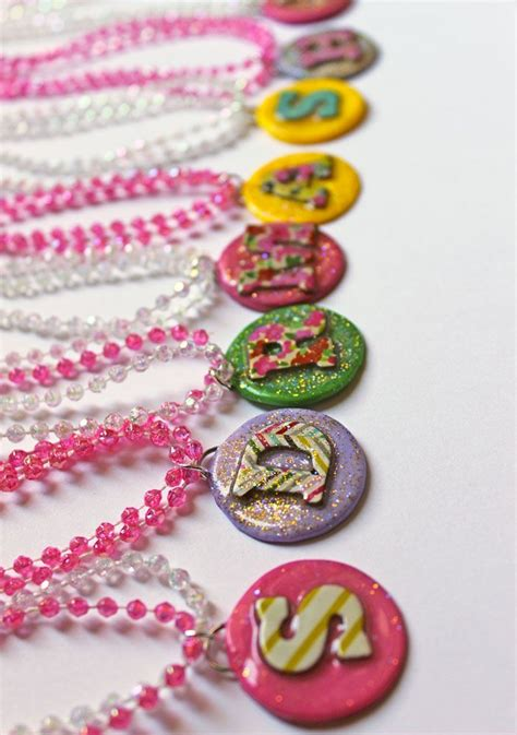 how to make jewelry at home to sell best 25 jewelry ideas on button bracelet