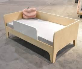 Oeuf Toddler Bed Size Toddler Bed Perch By Oeuf Nyc Birch Diddle Tinkers