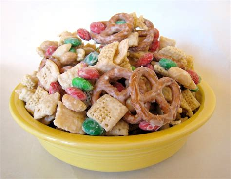 apple a day twelve treats of christmas quot yellow bowl quot white chocolate snack mix