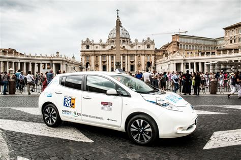 nissan starts delivering electric taxis to rome madrid