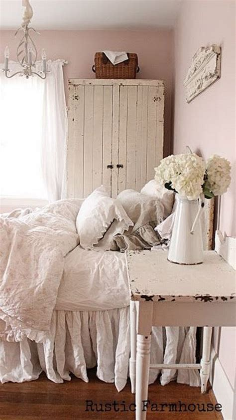 30 Cool Shabby Chic Bedroom Decorating Ideas For Shabby Chic Vintage Bedding