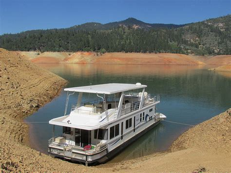 shasta house boats shasta lake houseboat vacation what to expect nancy d brown