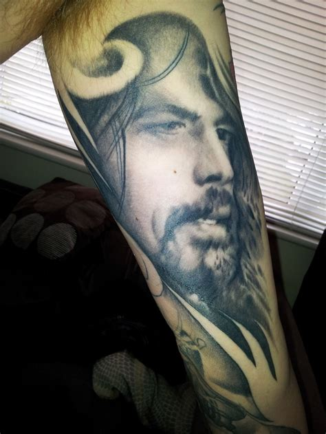 dave grohl tattoo 10 best dave grohl tattoos images on dave