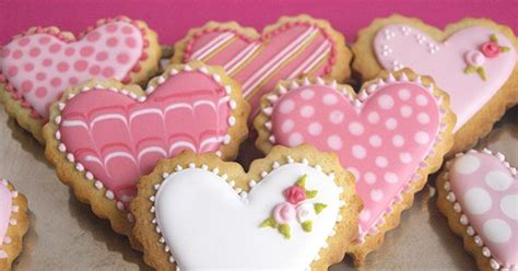 galletas decoradas cookies galletas decoradas amor y amistad buscar con google galletitas amor search