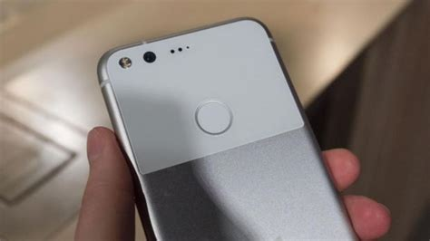 google pixel hands on android s newest premium smartphone it pro google pixel hands on android s newest premium smartphone