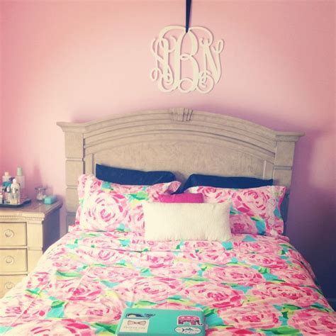 Lilly Pulitzer Bedroom discover and save creative ideas