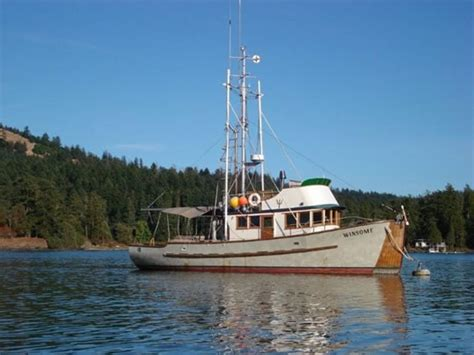 troller boat troller ladyben classic wooden boats for sale