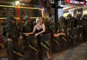 news i thailand t shirt 13 norske damer naken