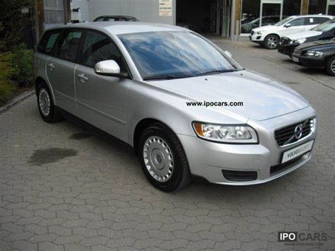 electronic toll collection 2011 volvo v50 parental controls service manual 2011 volvo v50 temperature control motor removal 2011 volvo d2 v50 basic
