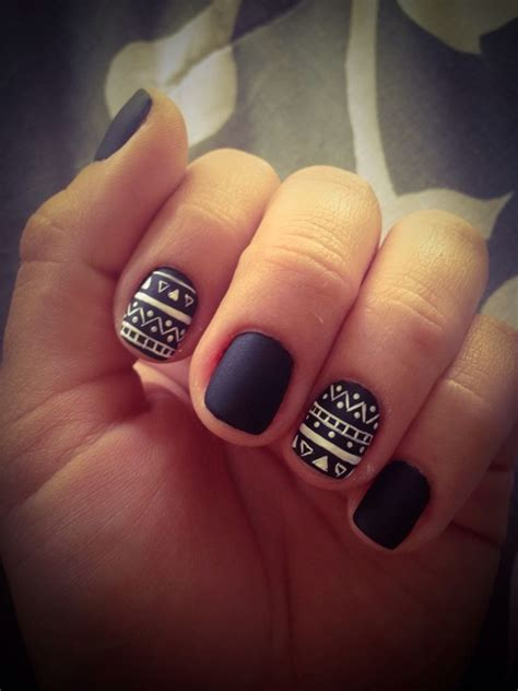 easy nail art designs on black base 101 easy nail art ideas and designs for beginners
