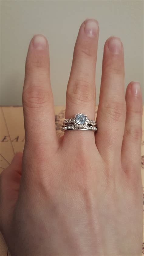 Wedding Ring On Middle Finger by Rings On Middle Finger