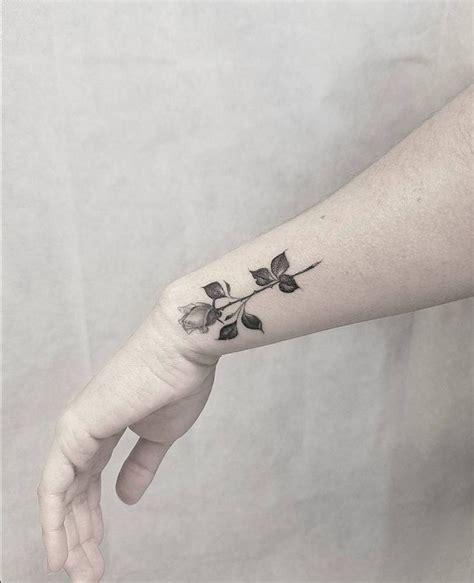 wrist sleeve tattoos best 25 tattoos on wrist ideas on