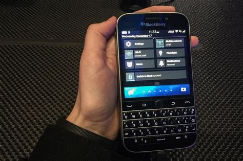 Lu Led Fanos 12w Clasic 1 blackberry classic detailed review yologadget