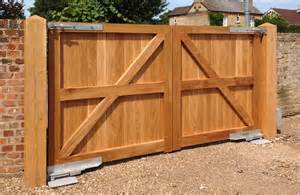 wooden gates bespoke electric wooden gates hb paynter gates ltd