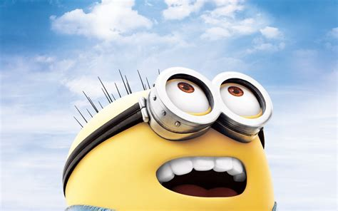 look up minion look up to the sky