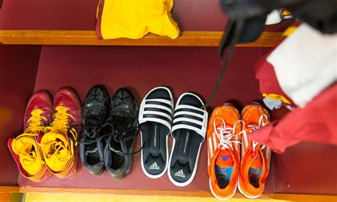 redskins locker room photos what the redskins locker room looks like just hours before a washingtonian