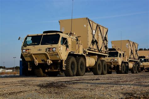 Oshkosh Sound 4 Y heavy expanded mobility tactical truck
