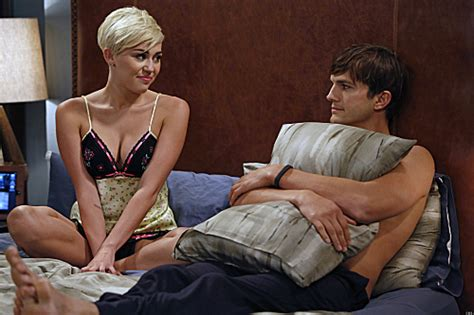 Ashton Bedroom Set by Miley Cyrus On Two And A Half Men In Bed With Ashton